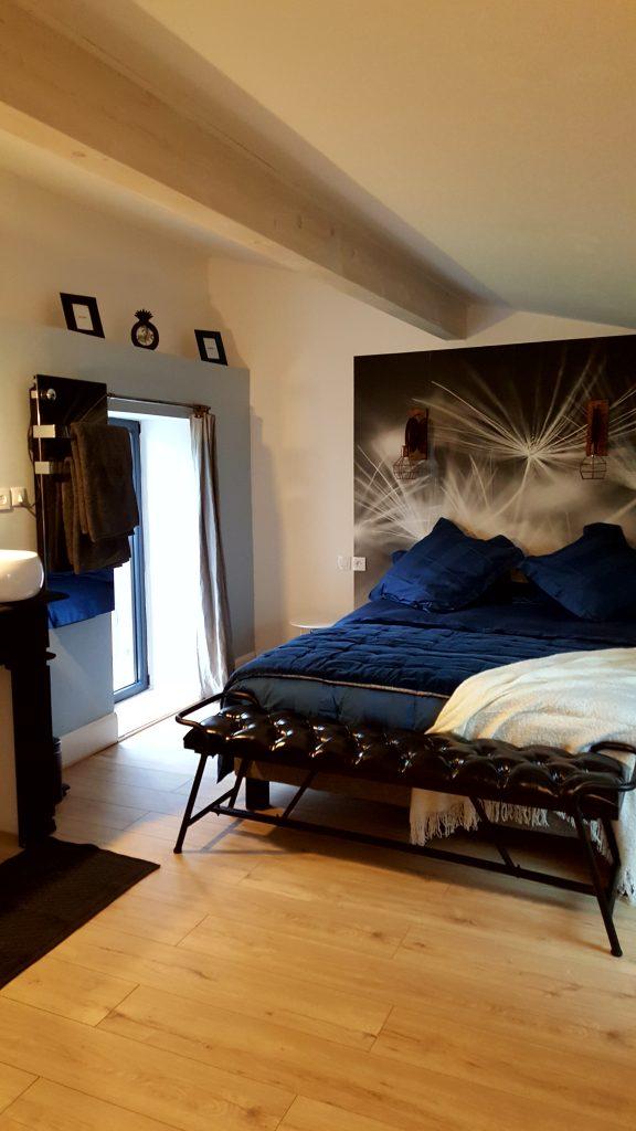Chambre Viré-Clessé à la Cadole de Chardonnay, maison d'hôtes.