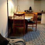 Cuisine ouverte sur salon, chambres Viré-Clessé et Givry