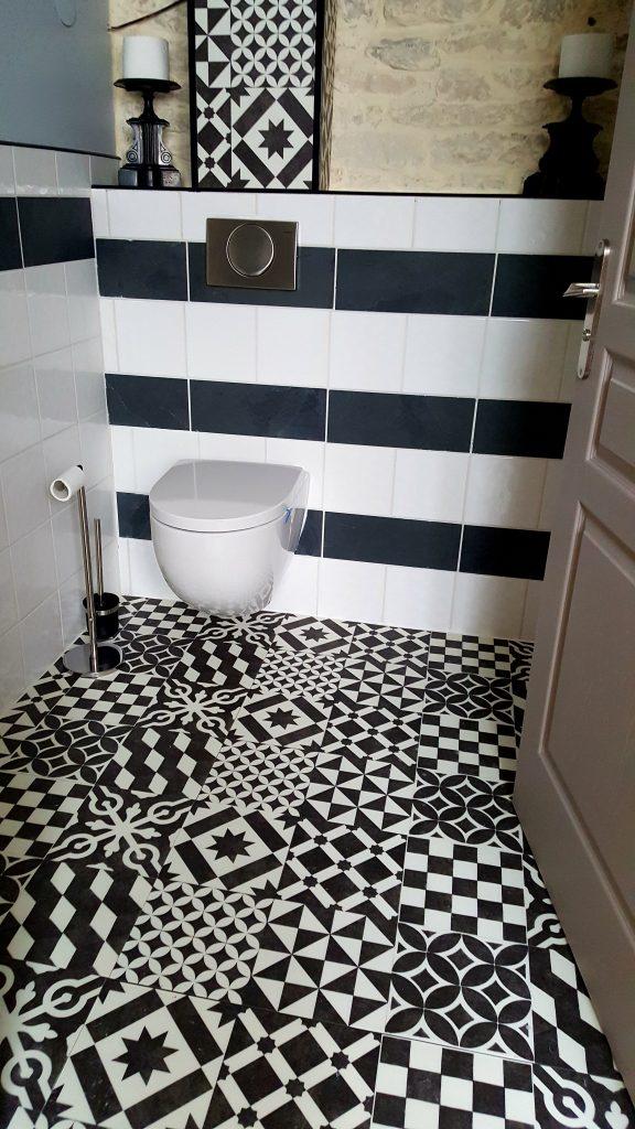 Toilettes partagées chambre Montagny et Mercurey