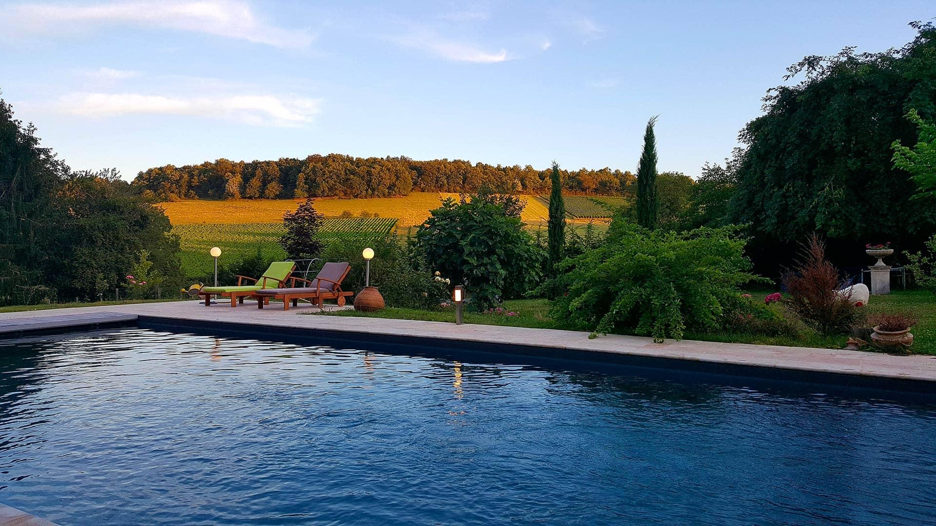 Piscine fin d'après-midi à La Cadole de Chardonnay